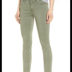 NWT Lucky Brand | Lolita crop mid rise curvey jean